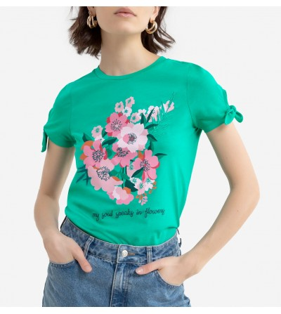 Camiseta Flores y Bordados